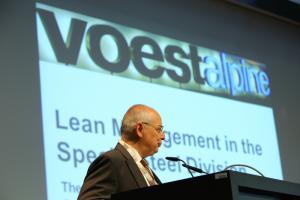 Franz Rotter, Vortrag zum Thema Lean Management in der Special Steel Division.