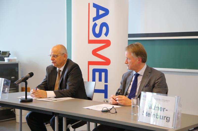 Pressekonferenz Franz Rotter mit Präsident der Industriellenvereinigung Steiermark Jochen Pildner-Steinburg.
